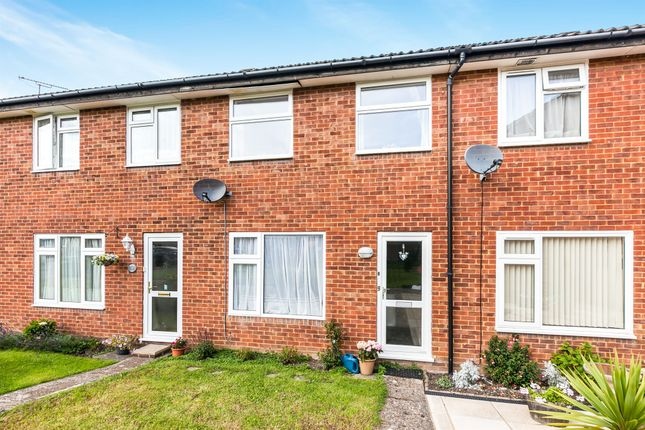 Thumbnail Terraced house for sale in Greenwood Drive, Redhill
