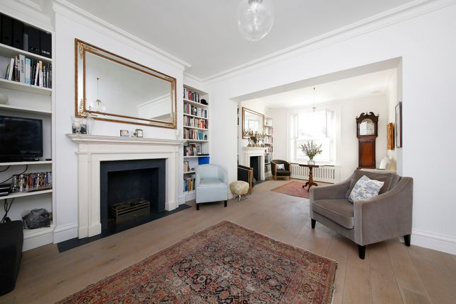 Thumbnail Town house to rent in The Spinney, Castelnau, London