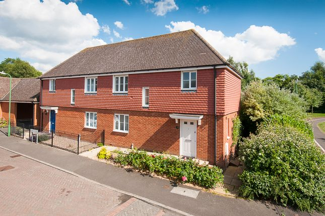 Thumbnail Semi-detached house for sale in Ellen Close, Charing