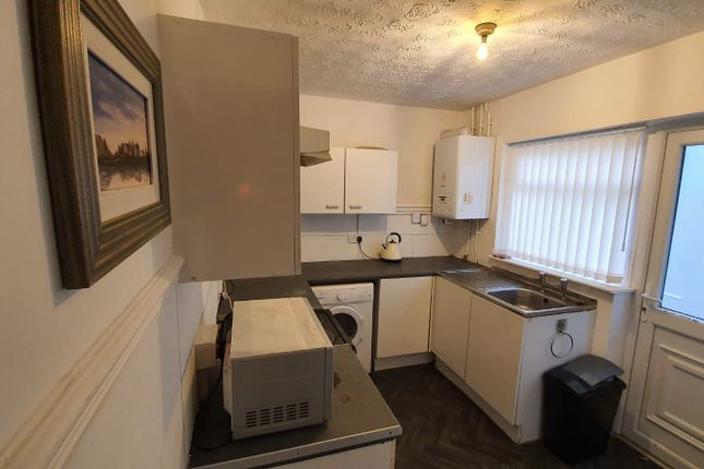 Thumbnail Shared accommodation to rent in Weldon Street, Walton, Liverpool