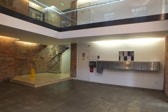 1 bed flat to rent in Castle Street, Stalybridge SK15