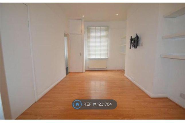 Thumbnail Flat to rent in Nicholson Road, London