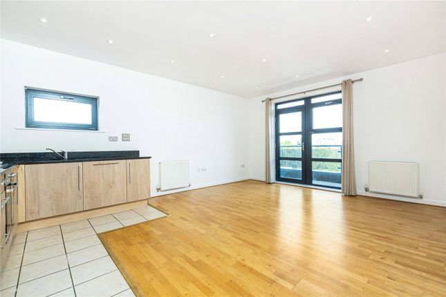 Thumbnail Flat to rent in Repton House, 20 Scott Avenue, Putney, London