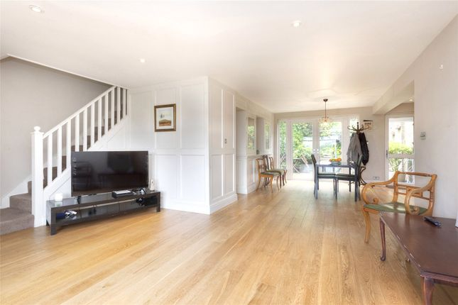 5 bed semi-detached house to rent in New Barn Close, Portslade, East Sussex BN41
