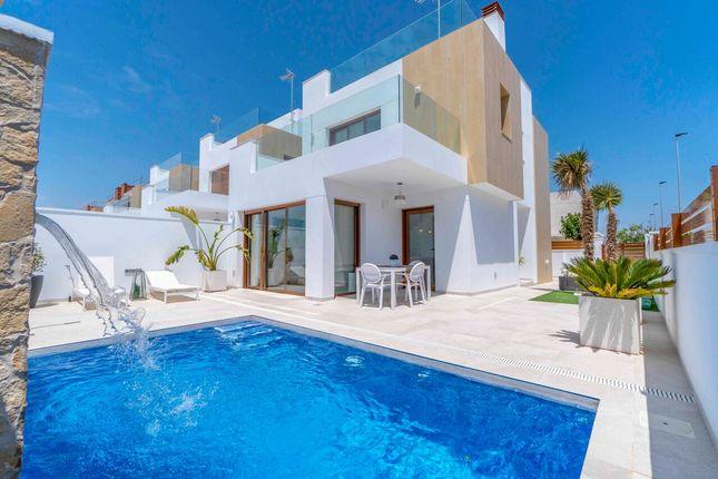 Thumbnail Villa for sale in Torre De La Horadada, Torre De La Horadada, Alicante, Valencia, Spain