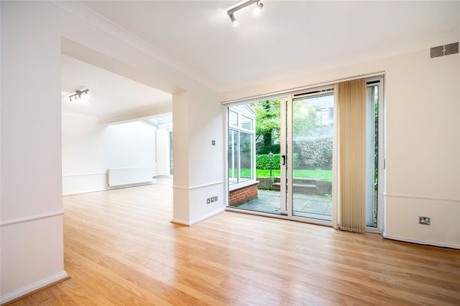 Property to rent in Avenue Road, St Johns Wood, London