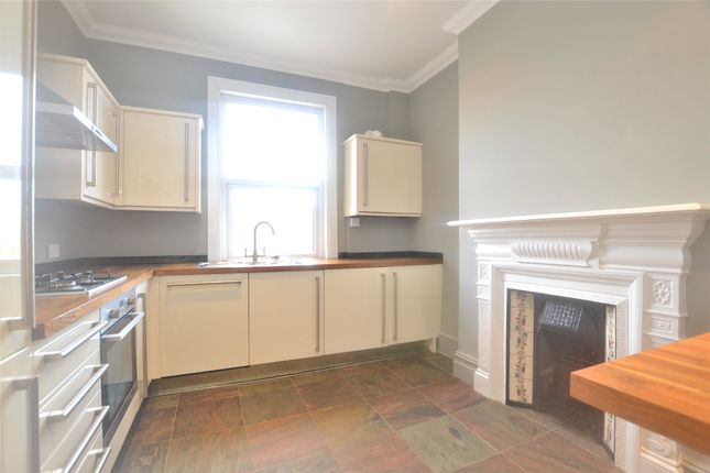 Thumbnail Flat to rent in A Bulwer Road, Barnet, Hertfordshire