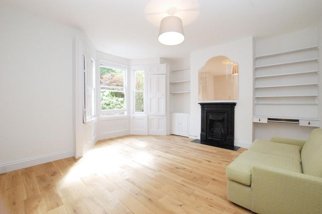 1 bed flat for sale in Grazebrook Road, London