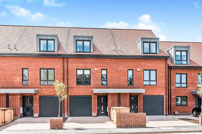 Thumbnail Detached house for sale in Barnes Way, Cheadle, Cheshire