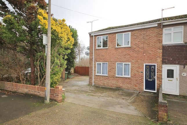 1 bed maisonette to rent in Lower Crescent, Linford, Essex SS17
