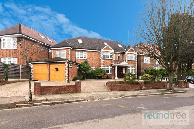 Thumbnail Property for sale in Parklands Drive, Finchley