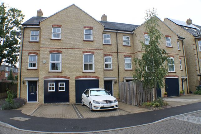 Thumbnail Town house to rent in Woodcroft, London