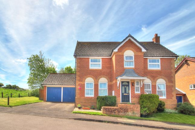 Thumbnail Detached house for sale in Cowdray Park, Alton