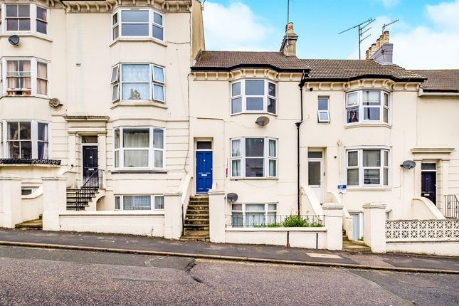 Thumbnail Flat for sale in Chatham Place, Brighton