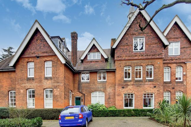 Thumbnail Flat for sale in Saxoncroft House, Streatham