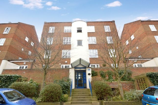 Thumbnail Flat for sale in Aland Court, Finland Street, London