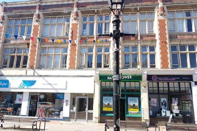 Thumbnail Flat to rent in Faraday House, High Street, Rochester, Kent