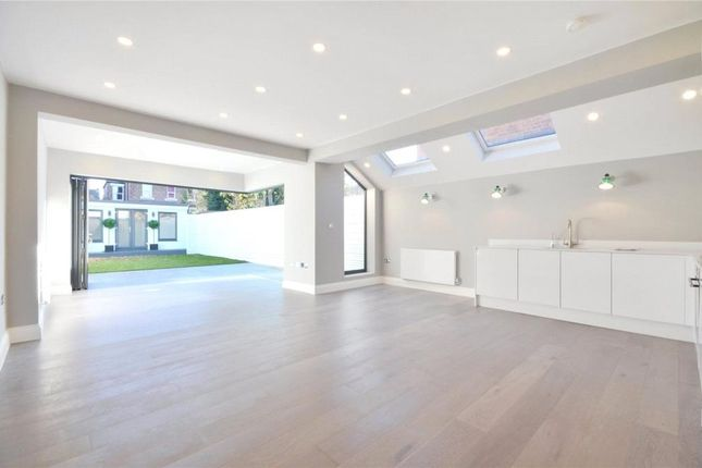 Thumbnail Flat for sale in Chandos Road, Willesden Green