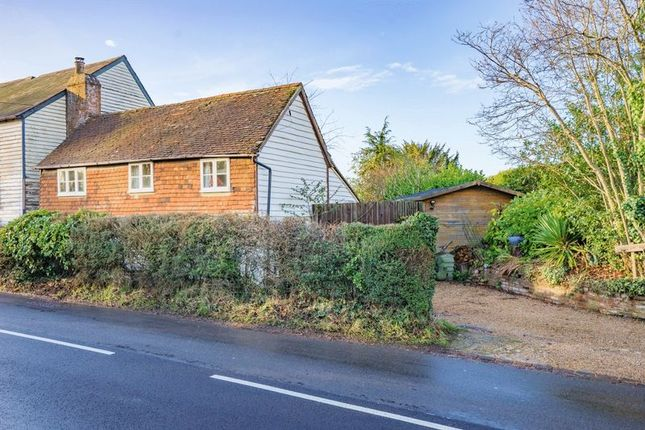 Thumbnail Mews house for sale in Pell Green, Wadhurst