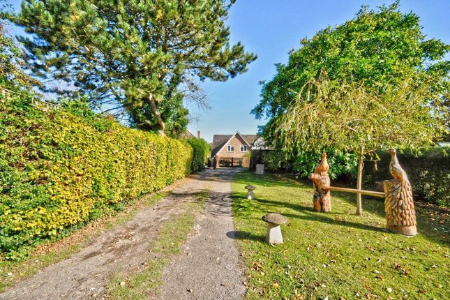 Thumbnail Detached house for sale in Lower Road, Postcombe, Thame