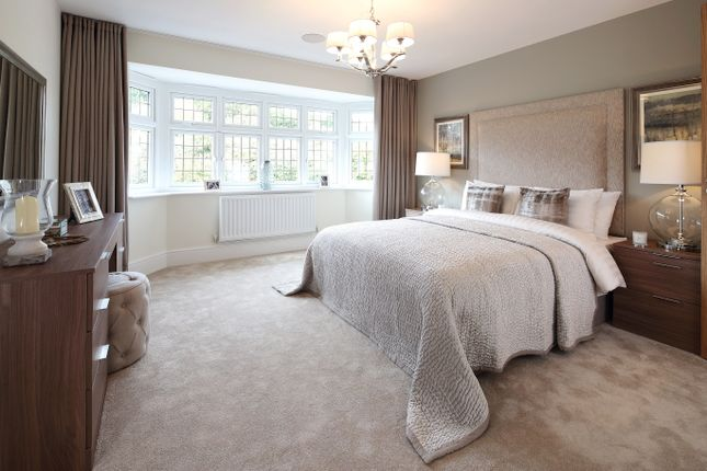 Thumbnail Detached house for sale in Kings Hundred, Queens Road, Bisley
