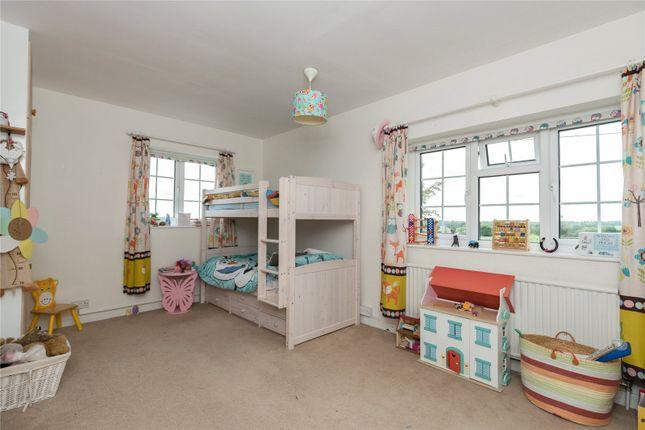 Picture No. 13 of Bulstrode Lane, Felden, Hemel Hempstead, Hertfordshire HP3