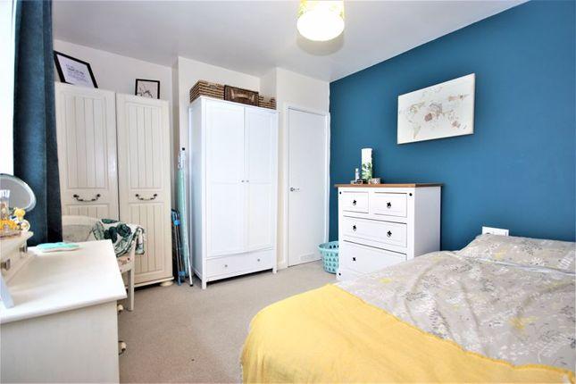 Master Bedroom of Endike Lane, Hull HU6