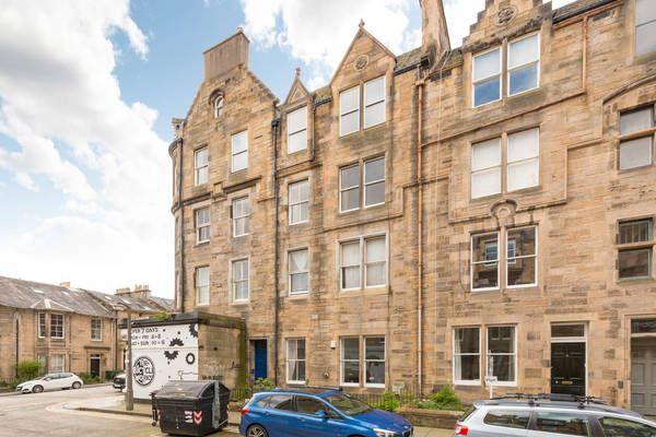 Thumbnail 1 bed flat to rent in Roseneath Terrace, Marchmont, Edinburgh