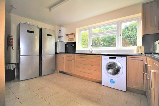 Thumbnail Semi-detached house to rent in Windmore Avenue, Potters Bar