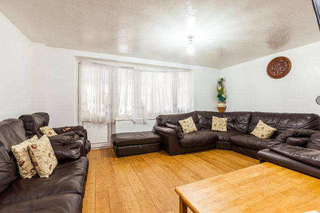 Thumbnail Maisonette for sale in Bow Common Lane, Bow