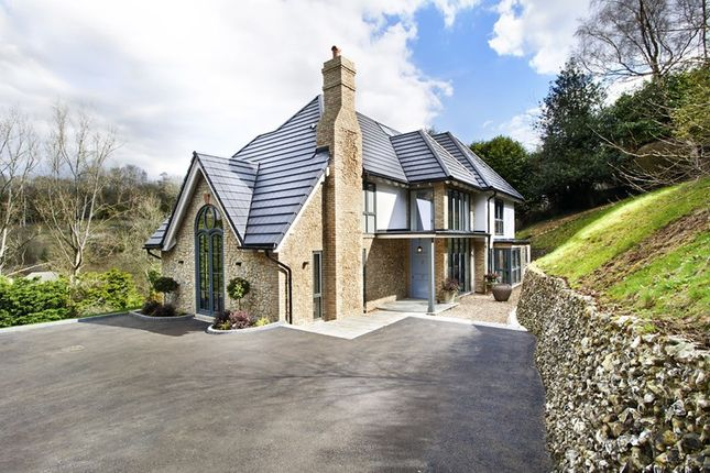 Thumbnail Detached house for sale in Station Road, Woldingham, Caterham