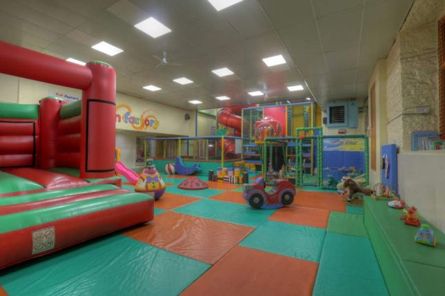 Thumbnail Leisure/hospitality for sale in Colne Valley Business Park, Linthwaite, Huddersfield