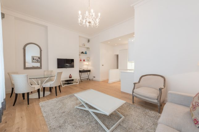 Thumbnail Flat to rent in Ovington Gardens, London