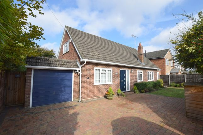 Thumbnail Property for sale in Compton Road, Church Crookham, Fleet