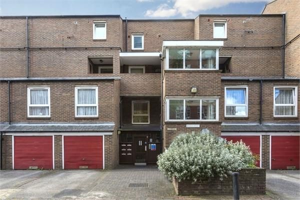 Thumbnail Maisonette to rent in Prioress Street, London
