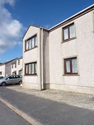 Thumbnail Flat to rent in 3 Bed 1st Floor Flat, 29 Howells Close, Monkton, Pembroke