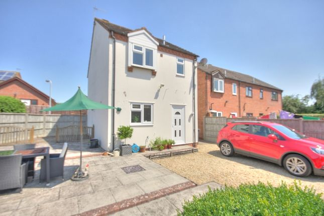 Detached house for sale in Orchard Close, Bidford On Avon