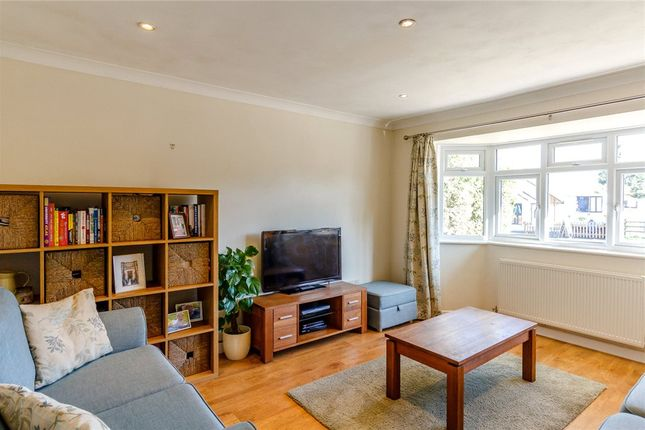 Living Room of Downs Road, South Wonston, Winchester SO21