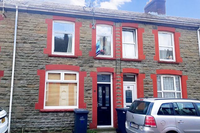 3 bed property to rent in Caefelin Street, Llanhilleth, Abertillery NP13