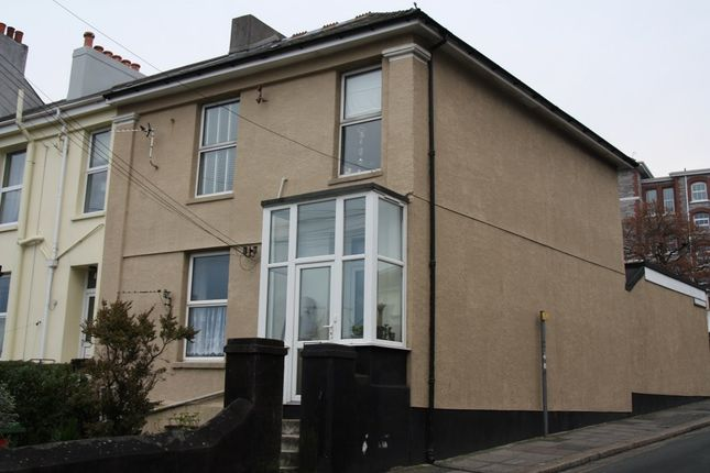 Studio to rent in Hyde Park Road, Plymouth PL3