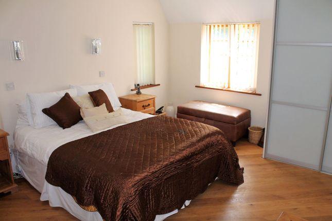 Master Bedroom of Cedar Tree Close, Stourport-On-Severn DY13
