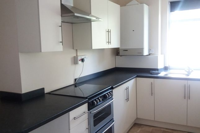 1 bed flat to rent in 10 Brynmill Cresent, Swansea
