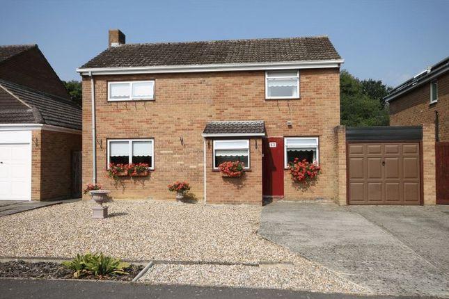 Thumbnail Detached house for sale in Benmead Road, Kidlington