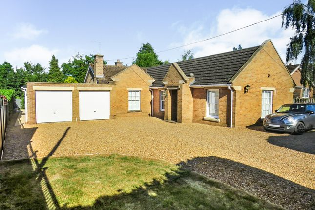 Thumbnail Detached bungalow for sale in Glapthorn Road, Oundle, Peterborough