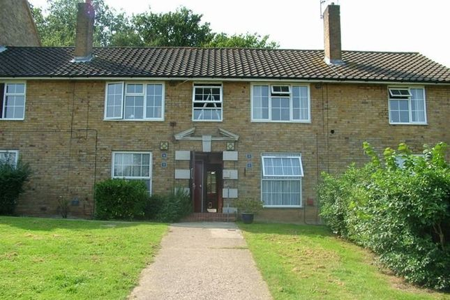 Thumbnail Flat to rent in The Firs, Welwyn Garden City