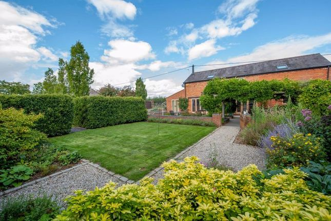Thumbnail Detached house for sale in Eythrope Road, Stone, Buckinghamshire
