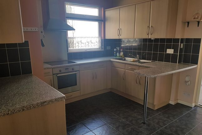 Thumbnail Semi-detached house to rent in Seaton Road, Hayes