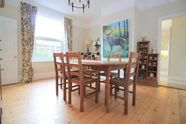 Dining Room of Kings Barn Villas, Steyning BN44