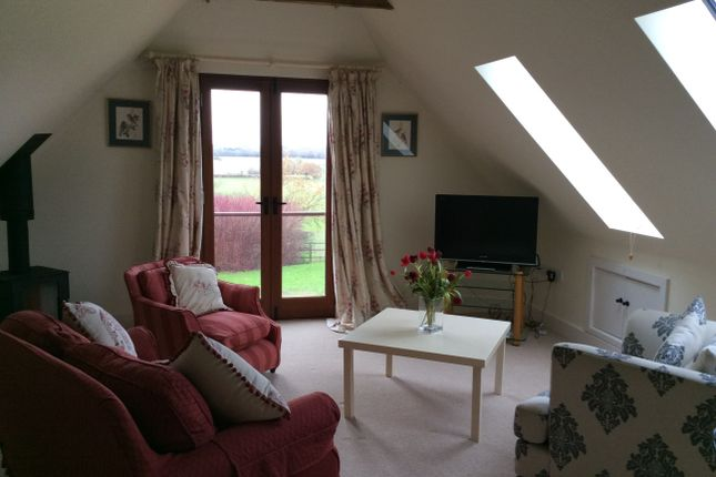 1 bed flat to rent in Hold End Lane, Bentworth