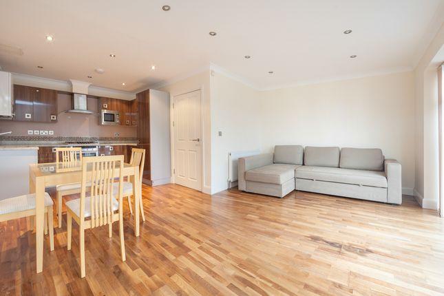 Thumbnail Flat to rent in 12 Croft Way, Richmond, London